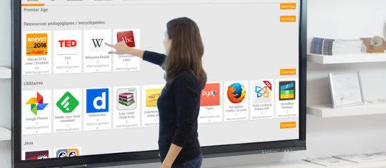 ecrans numeriques interactifs